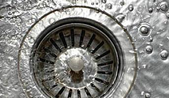 Stor krangel om liten vask