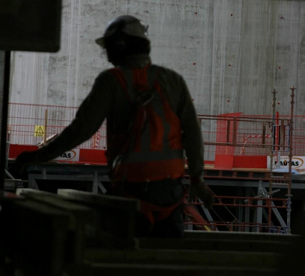 Regjeringen har strammet inn på kravene til HMS-kort i bygge- og anleggsbransjen og renholdsbransjen. Ill.foto: Jan Tveita