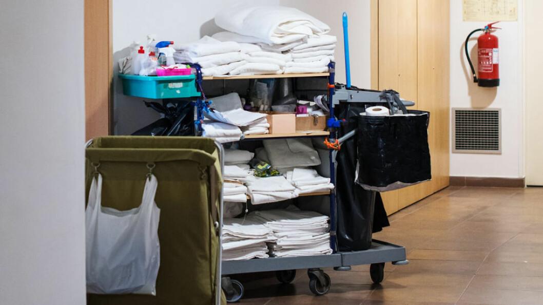 Det er forholdsvis liten mangel på renholdere, sammenlignet med mangelen på arbeidskraft i mange andre yrker. (Ill.foto: Colourbox)