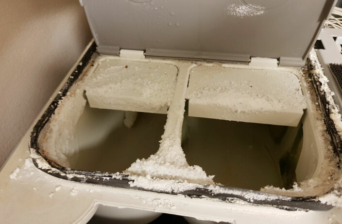 Også vaskemaskinen skal rengjøres!