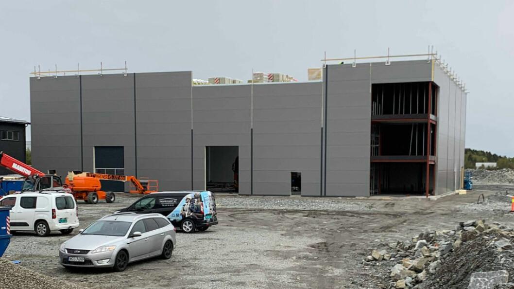 Både lager- og kontordel blir vesentlig større enn før. (Foto: Boss Europe)