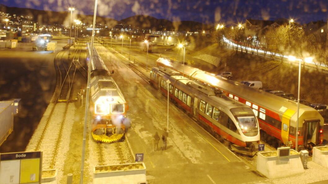 Til sammen 7 renholdere i Bodø (der bildet er tatt) og 16 i Trondheim har fått oppsigelse fra NSB Trafikkservice. (Foto: TEH)