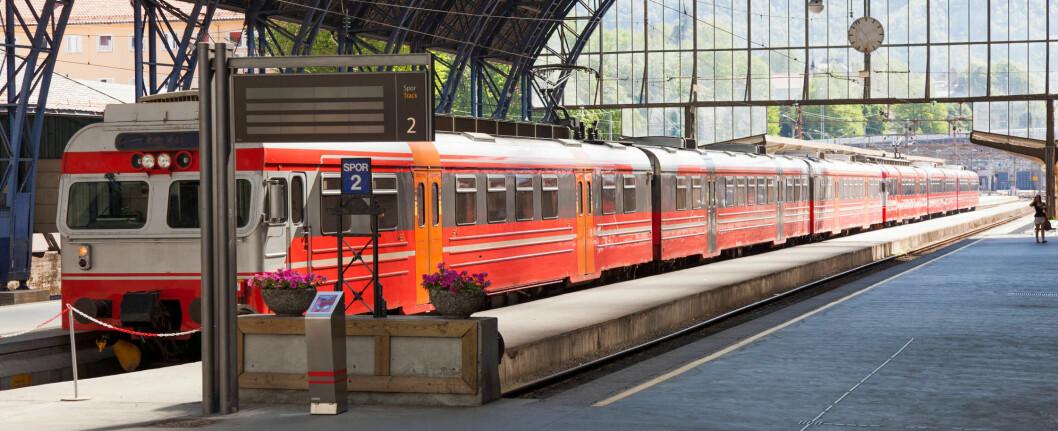 Bane NOR intensiverer nå renholdet på norske jernbanestasjoner. Her fra Bergen.