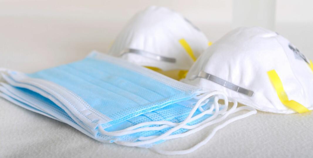 Når du puster gjennom et munnbind eller en maske, blir denne fuktigere. Det kan føre til at den ikke gir beskyttelse mot avdamp fra rengjøringsmidlene du bruker.