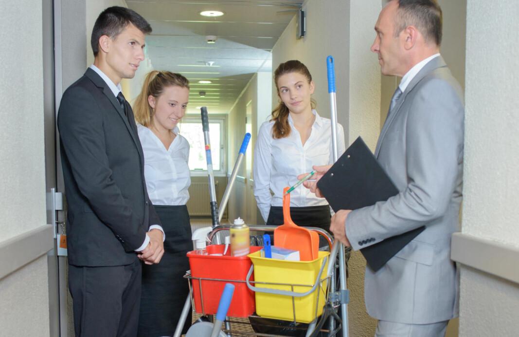 Så vel ledere som renholdere må forstå sin rolle i den nye hverdagen, for at hotellet skal kunne forbedre seg på hygiene.