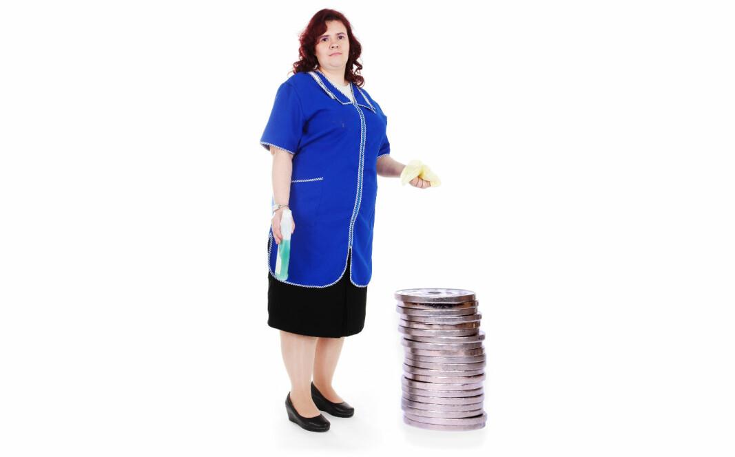 Kommunale renholdere hadde i 2019 en årslønn (månedslønn*12) på kr 389 472, men de ville tjent 80 292 kroner mer hvis de hadde hatt samme lønnsutvikling som rådmenn de siste ti årene.