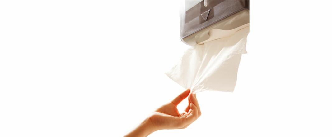 Dispensere der du selv må trekke ut papirtørket, byttes nå ut med berøringsfrie løsninger.
