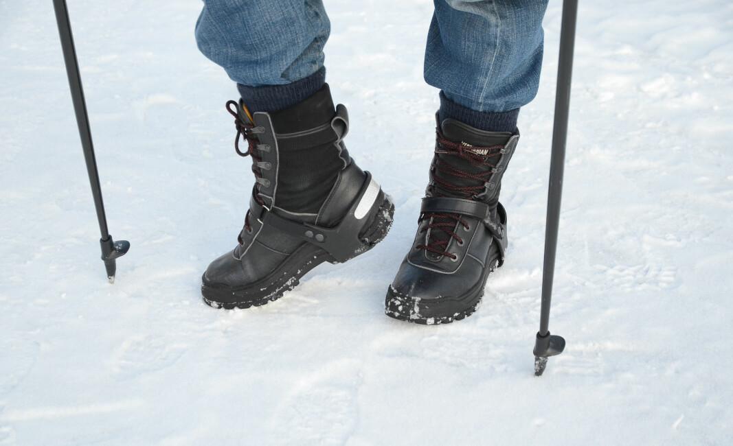 Isbrodder og staver kan gi effektiv sklisikring, men er neppe løsningen for renholdere og andre som ofte må bevege seg utendørs til tidspunkter der det ikke er blitt strødd.