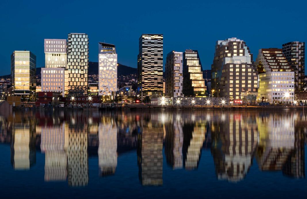 Etterspørselen i Oslo kan falle med vesentlig mer enn summen av antall kvadratmeter kontorarbeidsplasser i Bjørvika, som vi ser her.