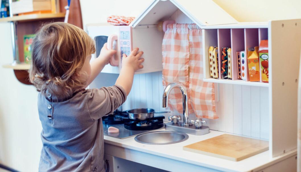En god håndvask med såpe og vann er ikke å forakte, i og med at hånddesinfeksjon ikke nødvendigvis virker like bra mot alle typer virus og bakterier.