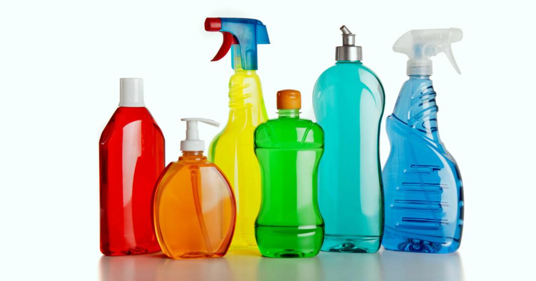 Renholdsyrket medfører eksponering overfor mikrofiber, vann og/eller rengjøringsmidler. Samtlige kan fremkalle helseproblemer i større eller mindre grad. For kjemiske produkter er det viktig å sette seg inn i sikkerhetsdatabladene og ta forholdsregler ved bruk.